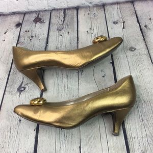 Connie Victor Bronze pointed toe Heels